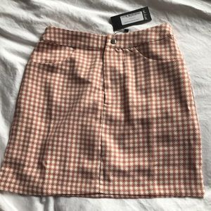 Nasty Gal pink hounds tooth mini skirt size 2